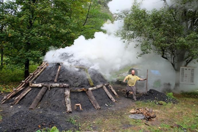 Hořící milíř