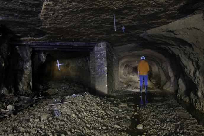 Důlní chodby novodobého dolu