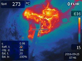 Detail teplot na štítku při tavbě
