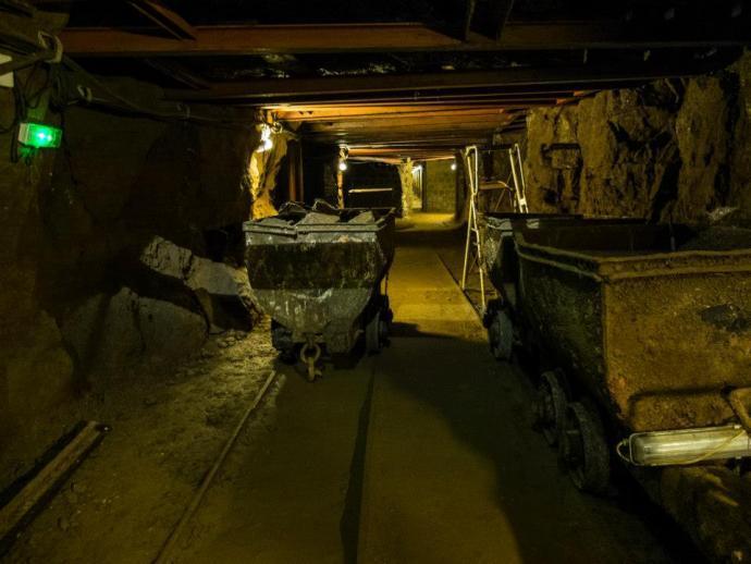 Důlní vláček