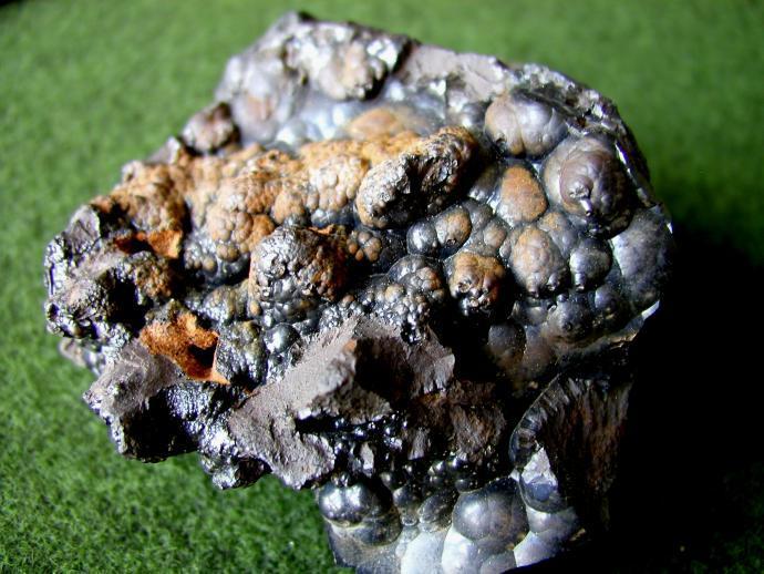 Ledvinitý goethit z L'ubietové, Slovensko